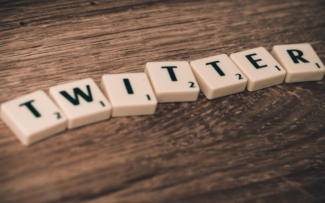 how to be twitter famous - buy twitter followers