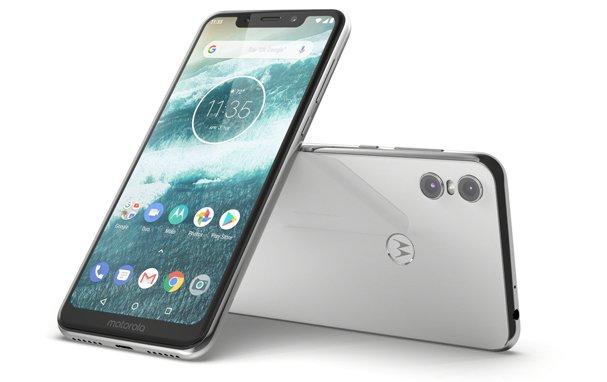 Motorola One specs