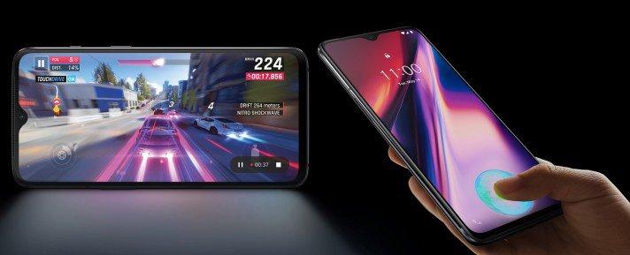 OnePlus 7 AMOLED display